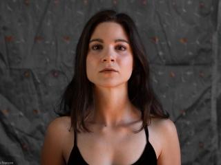 Justine Petitjean comédienne par Quentin Françon