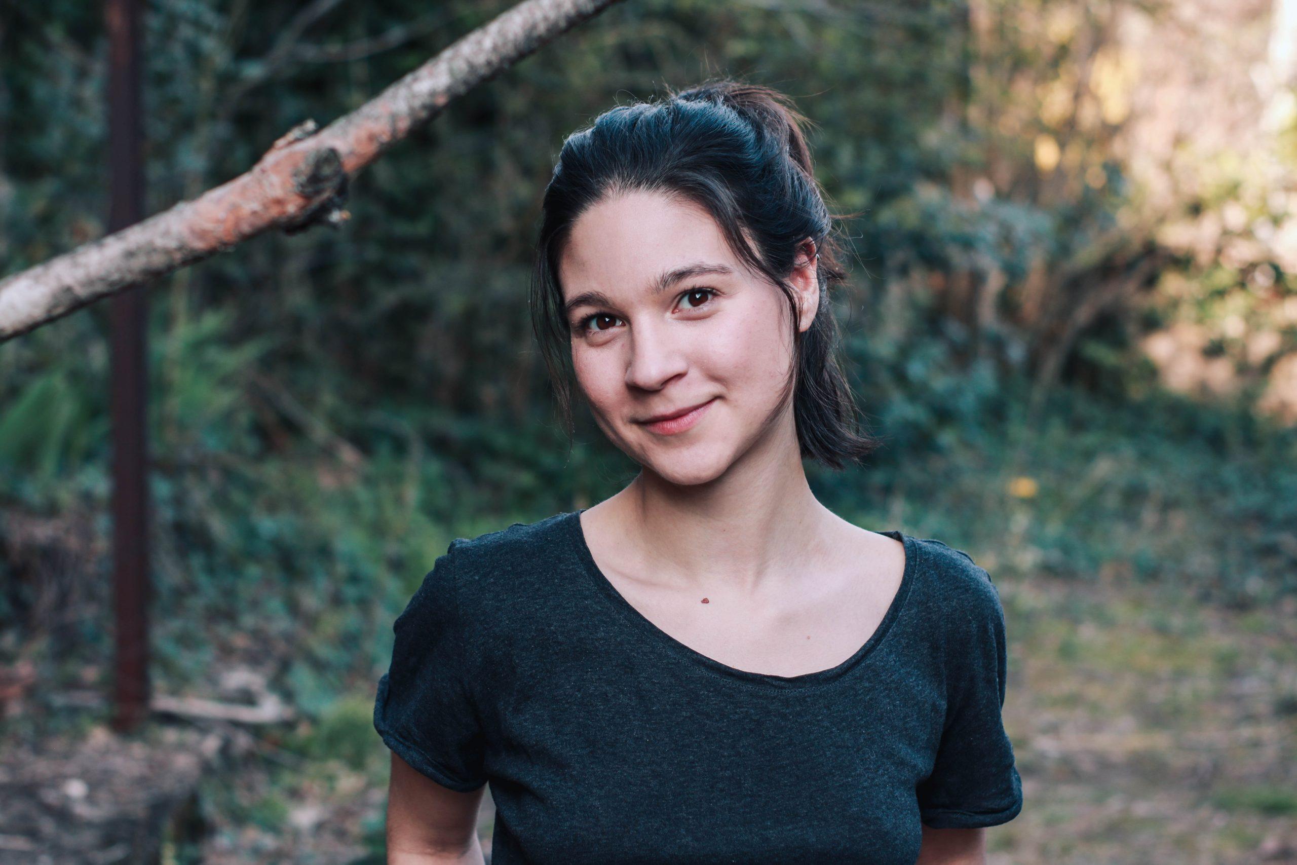 Comédienne de théâtre voix off Justine Petitjean