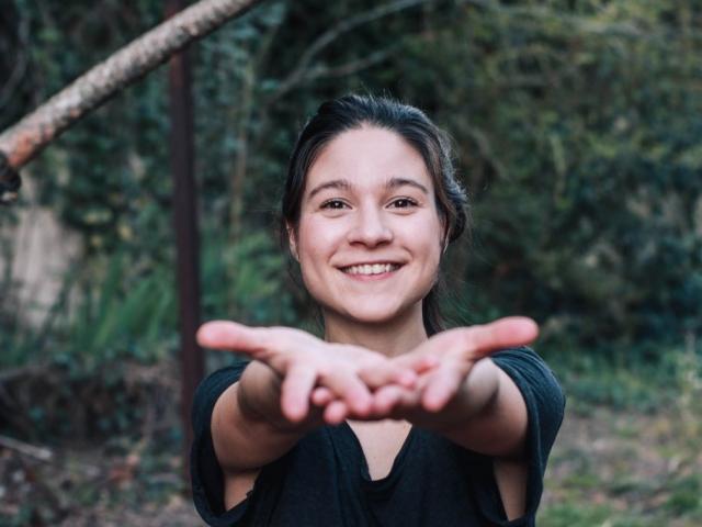 Comédienne théâtre cinéma voix off Justine Petitjean